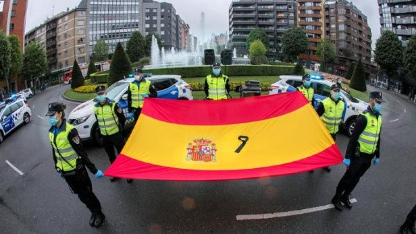 Spain decrees 10 days of mourning for victims of Covid-19